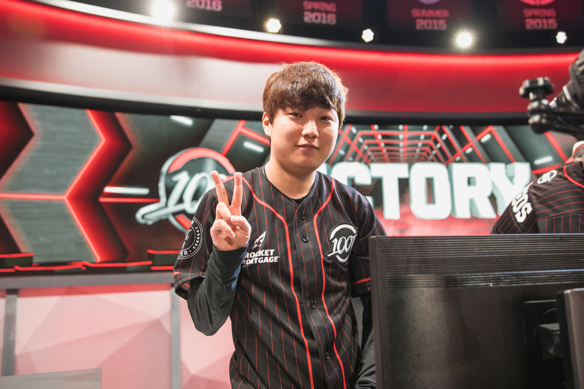 Image result for 100 thieves lcs