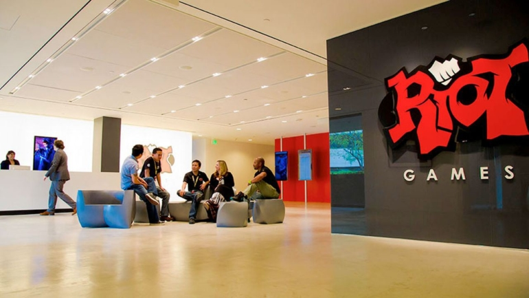 riot_games_workplace-0