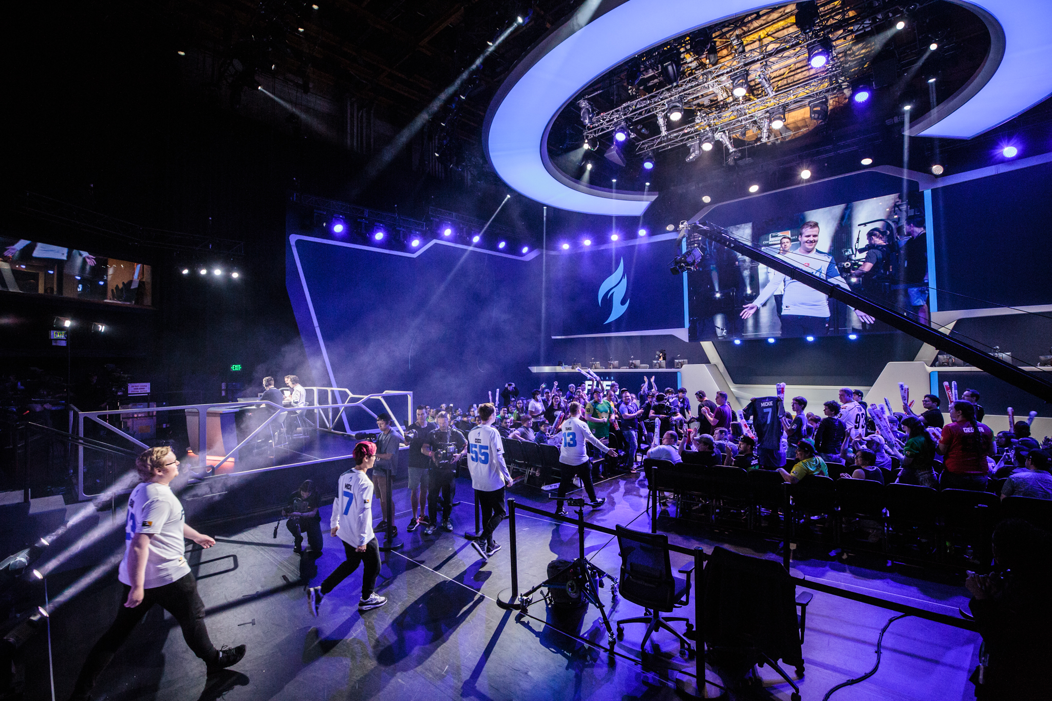 dallas fuel atlanta reign and los angeles valiant will host overwatch league s first home games - fortnite convention 2019 dallas