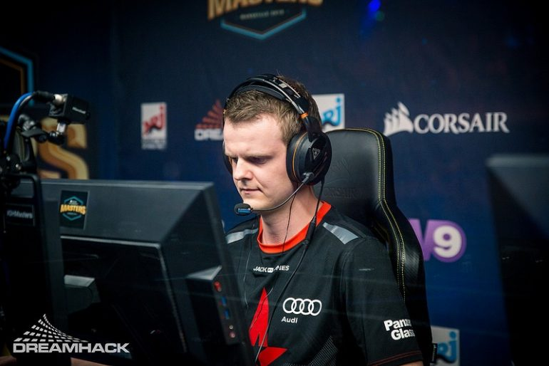 Xyp9x_at_DH_Marseille_2018
