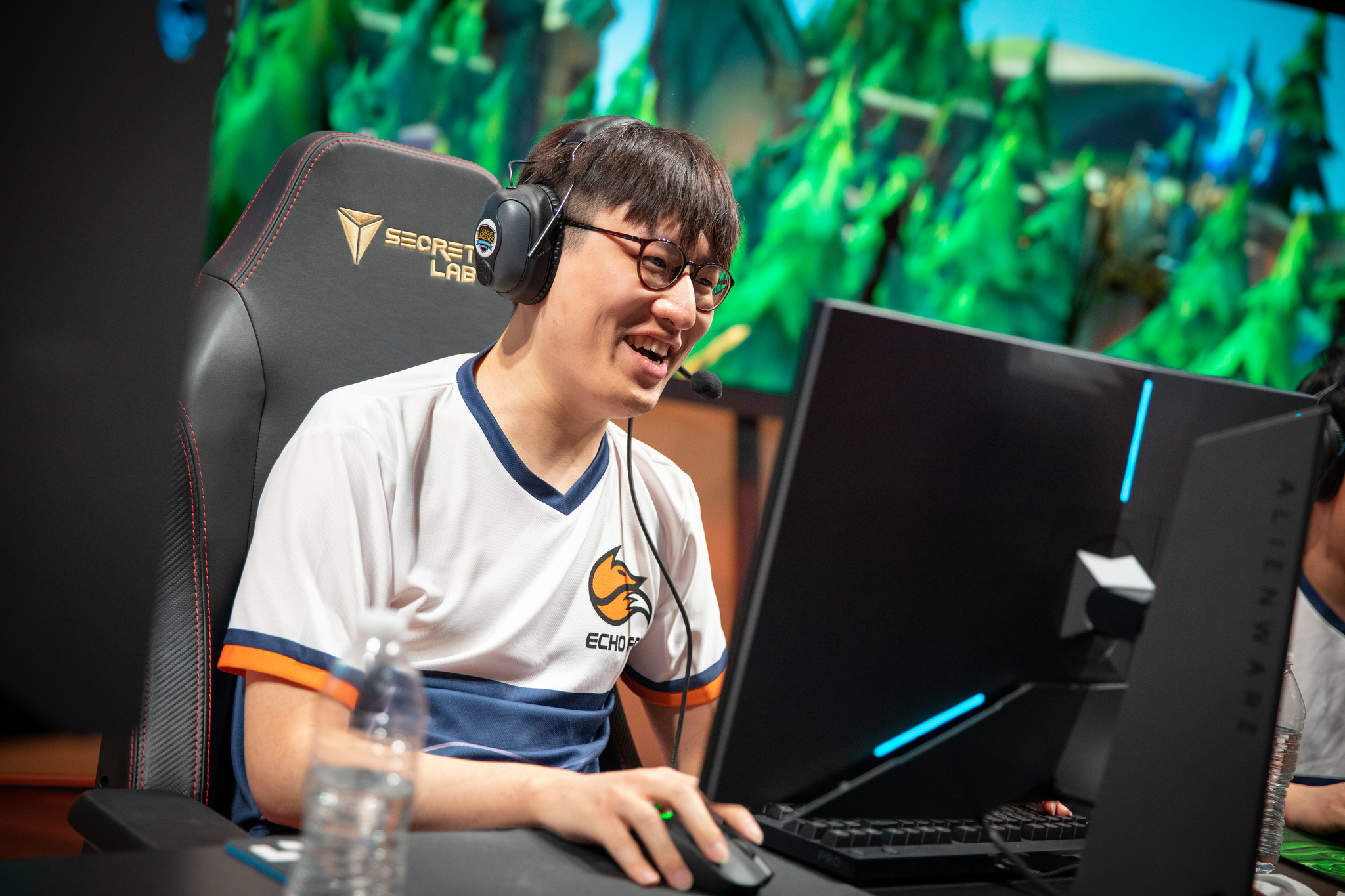 innovative design ac9cf 659ef Echo Fox upset Team Liquid to keep their 2019 LCS Spring Split playoff  hopes alive