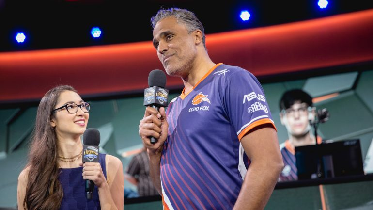 Rick Fox quits