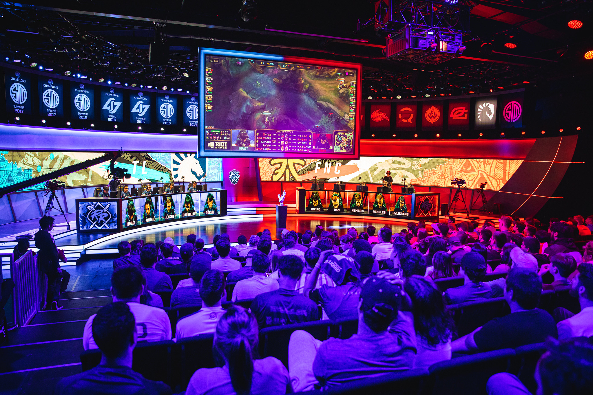 Europe triumphs over North America at Rift Rivals 2019 after